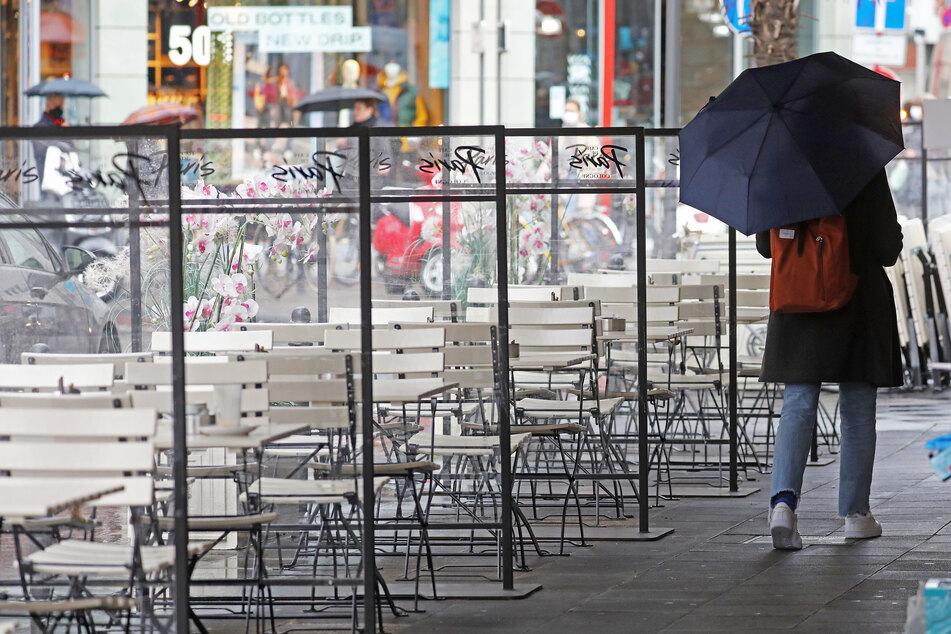 Regenschirm nicht vergessen: Es wird nass und ungemütlich in NRW