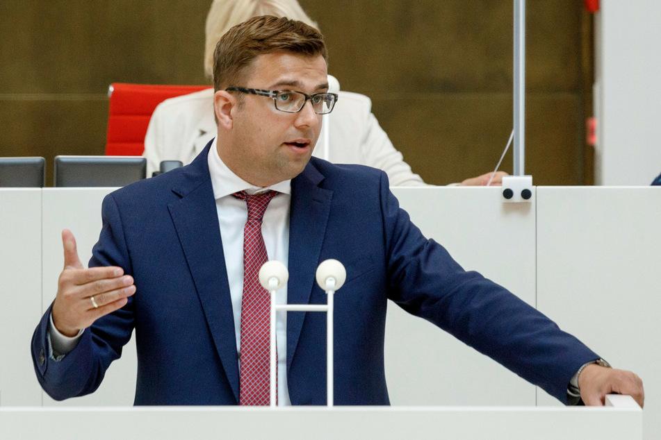 SPD-Fraktionschef Erik Stohn (37) befürwortet Corona-Impftage an Schulen