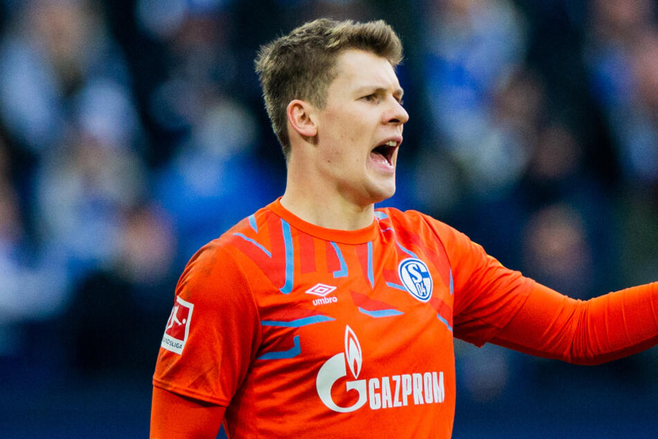 Schalkes Torwart Alexander Nübel (23) kommt bei Saisonverlängerung vorerst wohl nicht nach München.