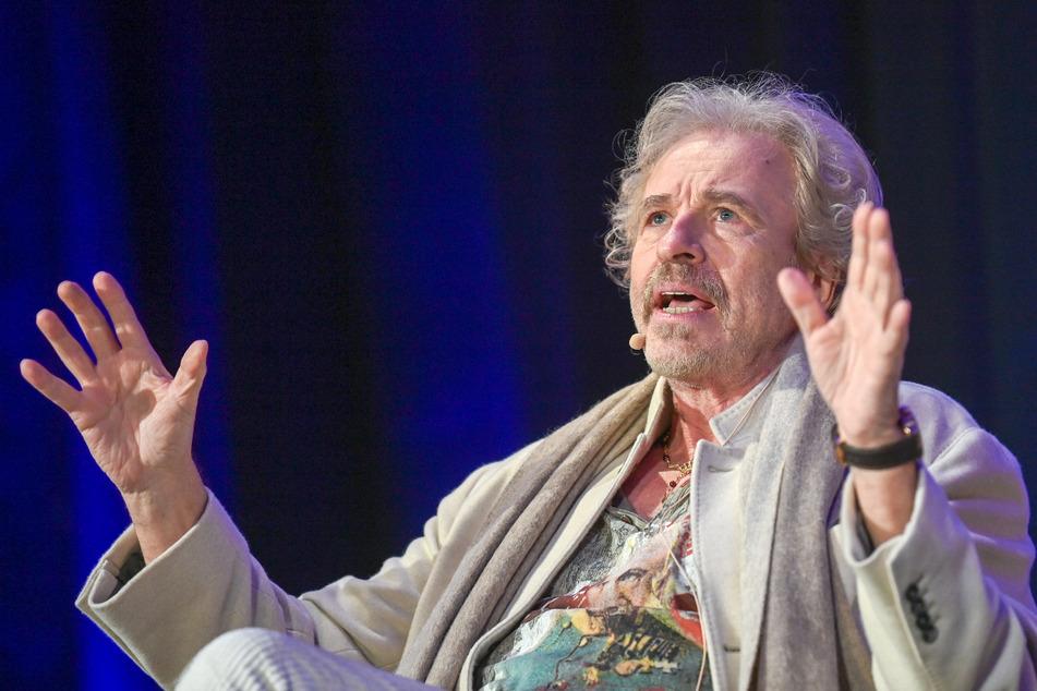 Thomas Gottschalk (71) sieht für die Öffentlich-Rechtlichen nur in der Zusammenlegung eine Chance für die Zukunft.