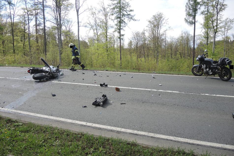Ein 68-jähriger Honda-Fahrer war mit einem 65-jährigen BMW-Fahrer kollidiert.