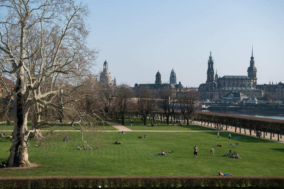 Schlechte Nachrichten aus der Landeshauptstadt: Die Beschränkungen bleiben über Ostern bestehen, Normalität kehrt auch in einigen Wochen nicht ein.