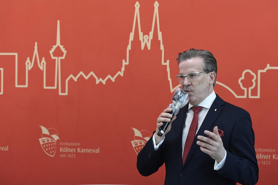 Als Präsident des Festkomitees Kölner Karneval musste Christoph Kuckelkorn im September die weitgehende Absage dieser Session verkünden.