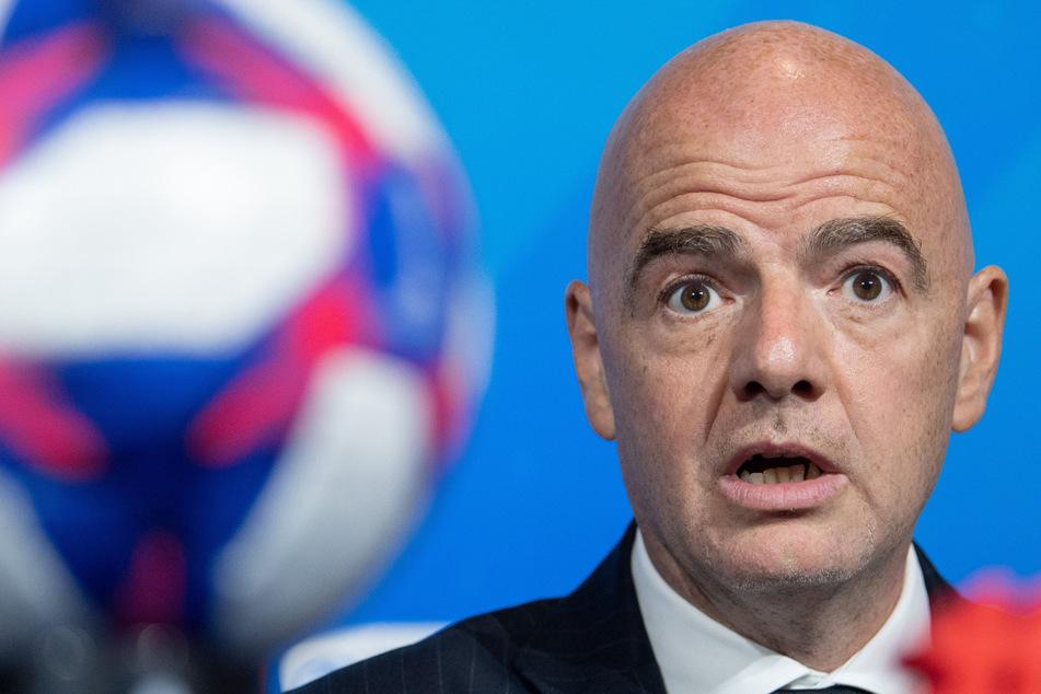 Neue Ermittlungen gegen Infantino? FIFA-Boss reagiert schockiert