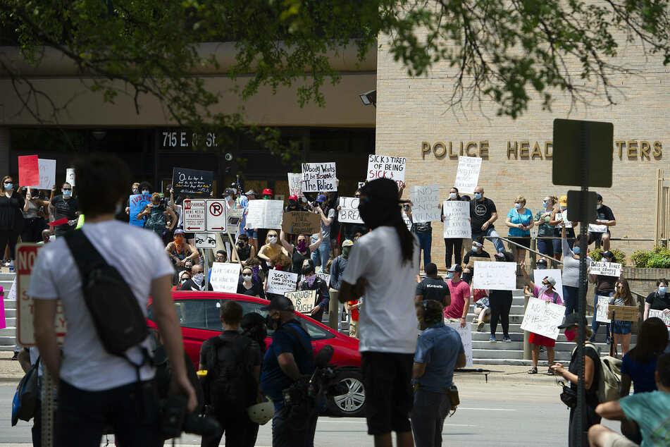 Texas House bill would punish cities for cutting police budgets