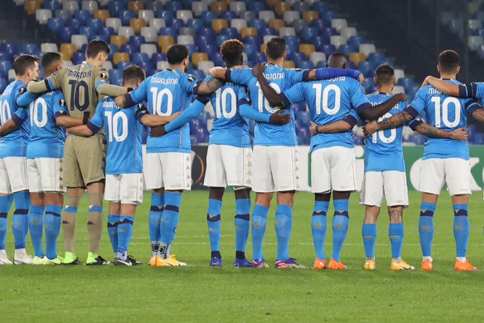 Mit der Rückennummer 10 kommen die Profis vom SSC Neapel gegen rijeka auf den Rasen.