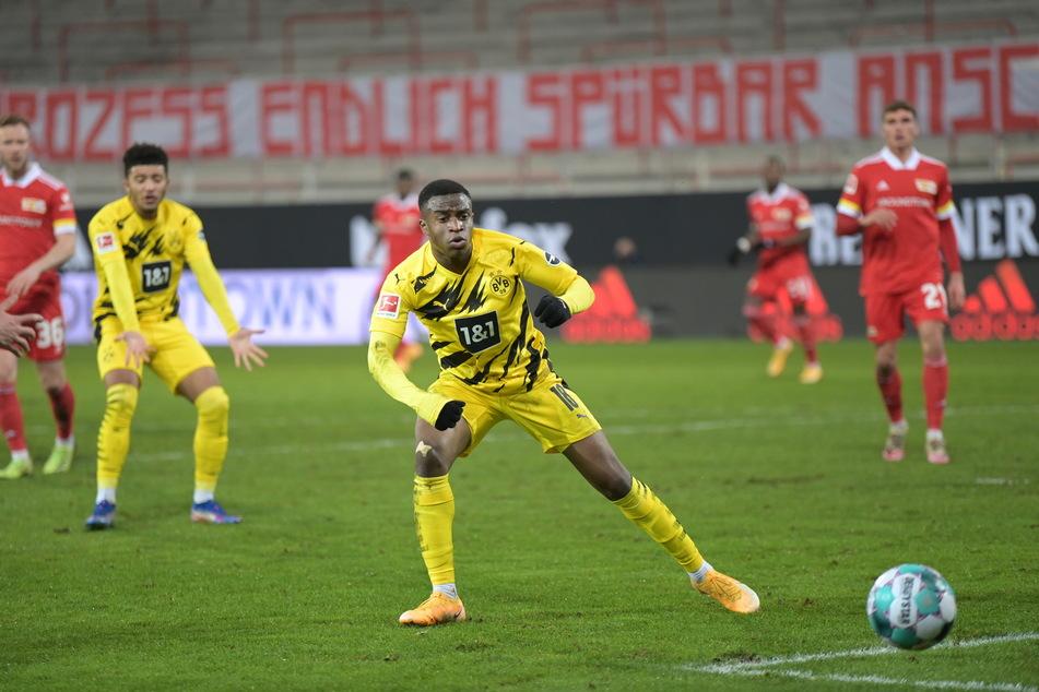 Gegen Union Berlin erzielte Moukoko seinen ersten Treffer für den BVB und wurde damit zum jüngsten Torschützen der Bundesliga-Geschichte.