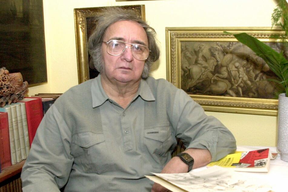 Kunstsammler Georg Brühl (1931-2009) in seiner Wohnung auf dem Brühl, Februar 2001.