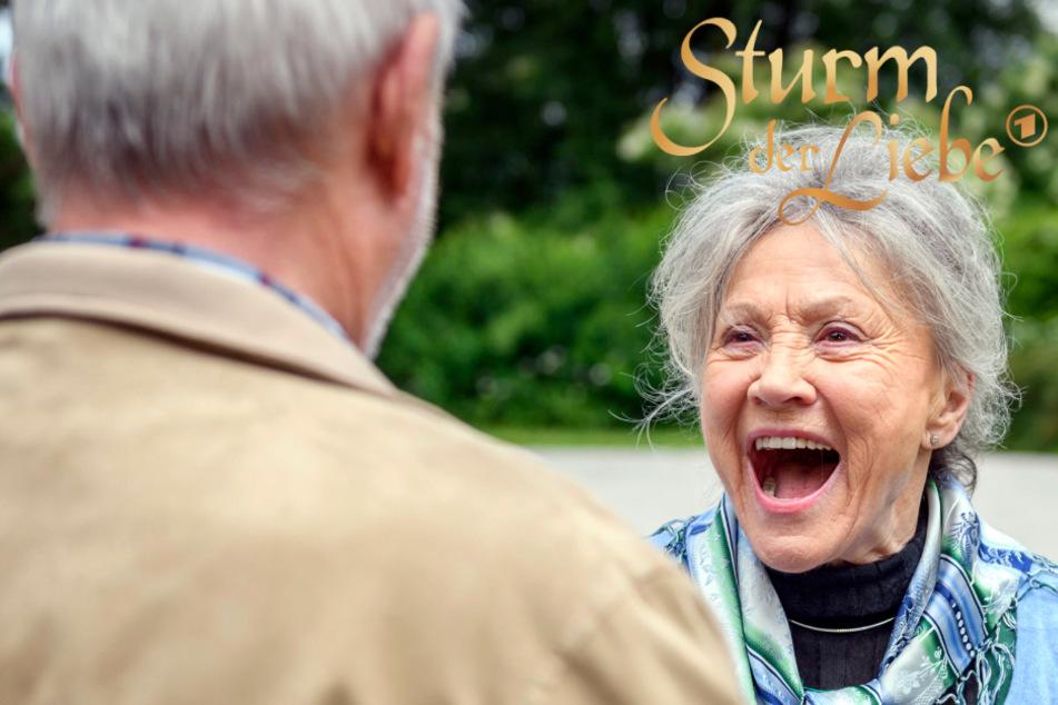 Sturm der Liebe: Diese Überraschung macht Hildegard sprachlos!