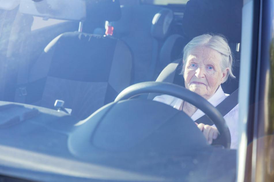 Senioren sind im Berliner Verkehr vermehrt in Unfälle verwickelt. (Symbolbild)