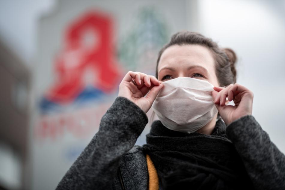 Mittlerweile sind über 28.000 Menschen infiziert. (Symbolbild)