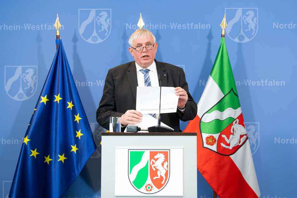 Laumann: Umfassende Lockerungen in NRW-Altenheimen geplant