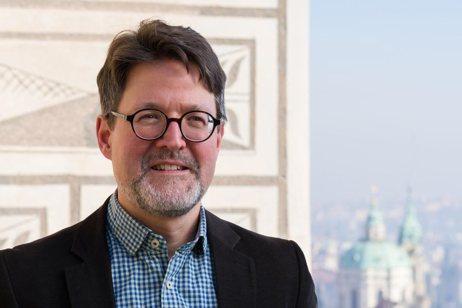 Der Schweizer Kunsthistoriker Marius Winzeler (50) ist derzeit noch Direktor der Sammlung Alter Kunst an der Nationalgalerie Prag, künftig leitet er das Grüne Gewölbe und die Staatliche Kunstsammlung in Dresden.