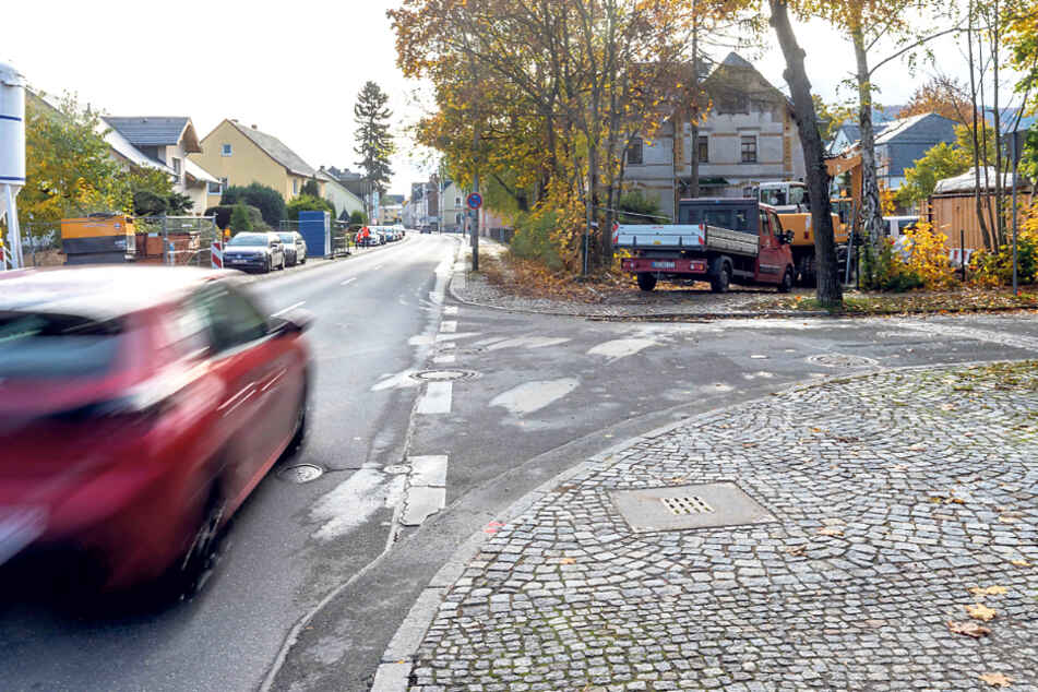 Ort des Unglücks: Grünthaler Straße am Abzweig Lindenstraße.