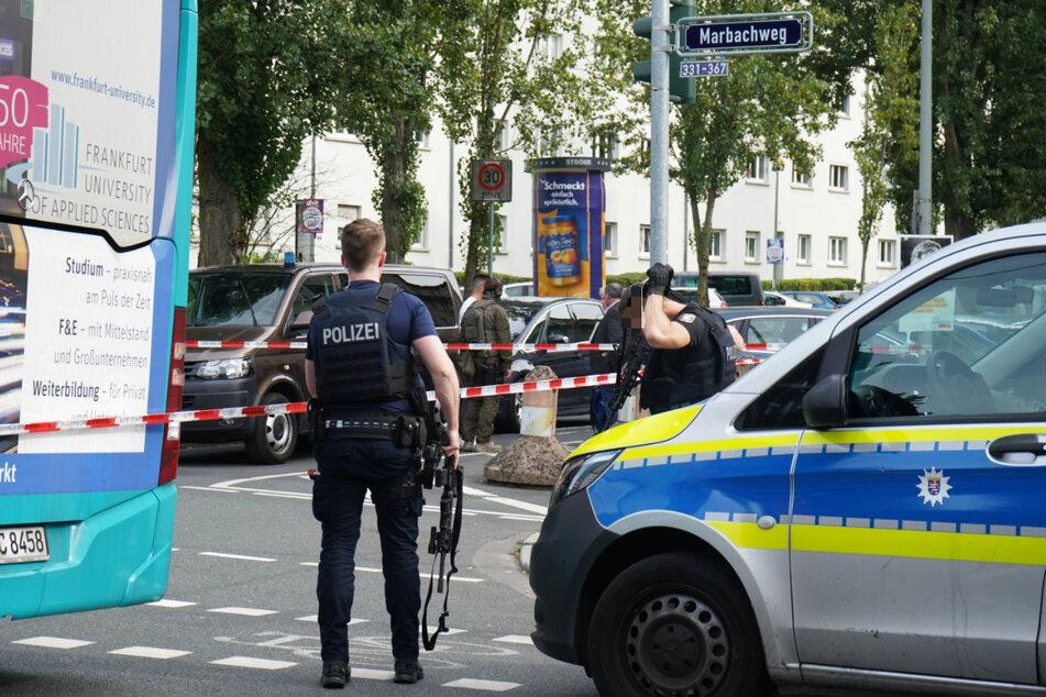 Der Polizei-Einsatz in Frankfurt-Dornbusch war erfolgreich: Es gab keine Verletzten.