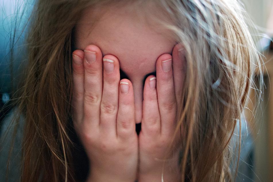 Bei einer Studie haben 57 Prozent der befragten 16- bis 25-Jährigen angegeben, dass die Corona-Krise sie belastet. (Archivbild)