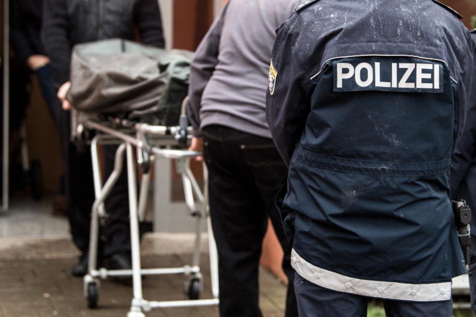 Toter Mann mit Kopfschuss in Auto entdeckt: SEK nimmt 37-Jährigen fest