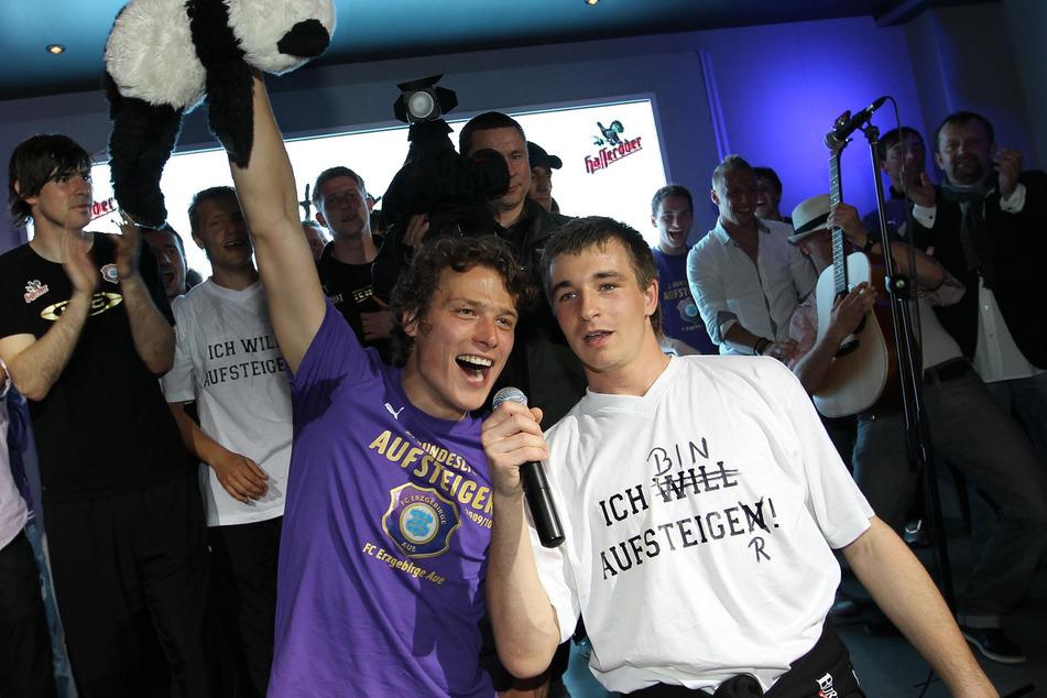 Aufsteiger! Damals waren Marc Hensel (l.) und Martin Männel noch richtige Jung-Veilchen.