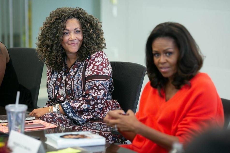 Zusammen mit der ehemaligen Radio-Moderatorin Michele Norris (58) nahm sie die aktuelle Folge ihres Podcasts auf.