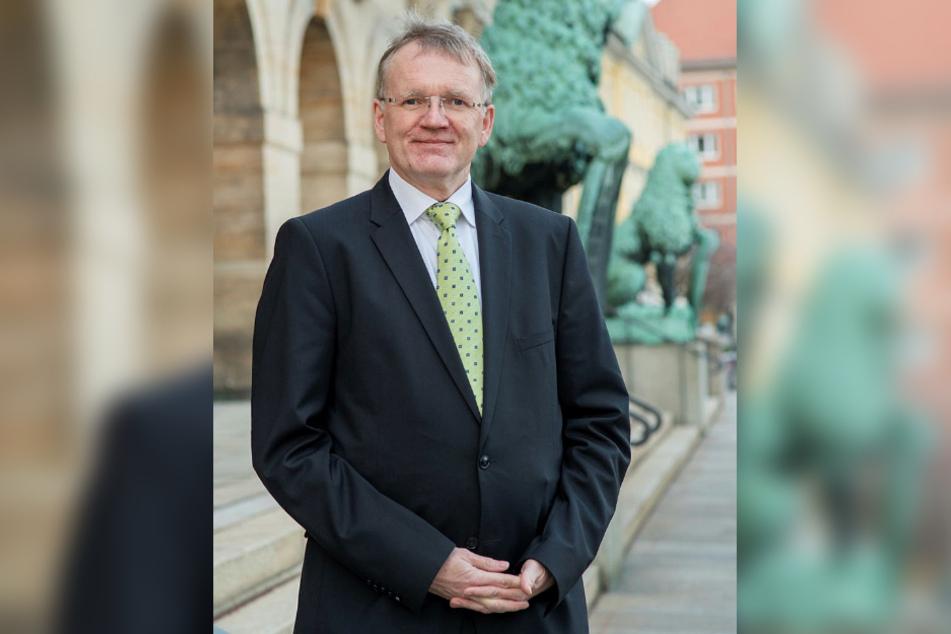 Dresdens Erster Bürgermeister Detlef Sittel (53, CDU) dankt den mehr als 6000 Teilnehmern der Umfrage.