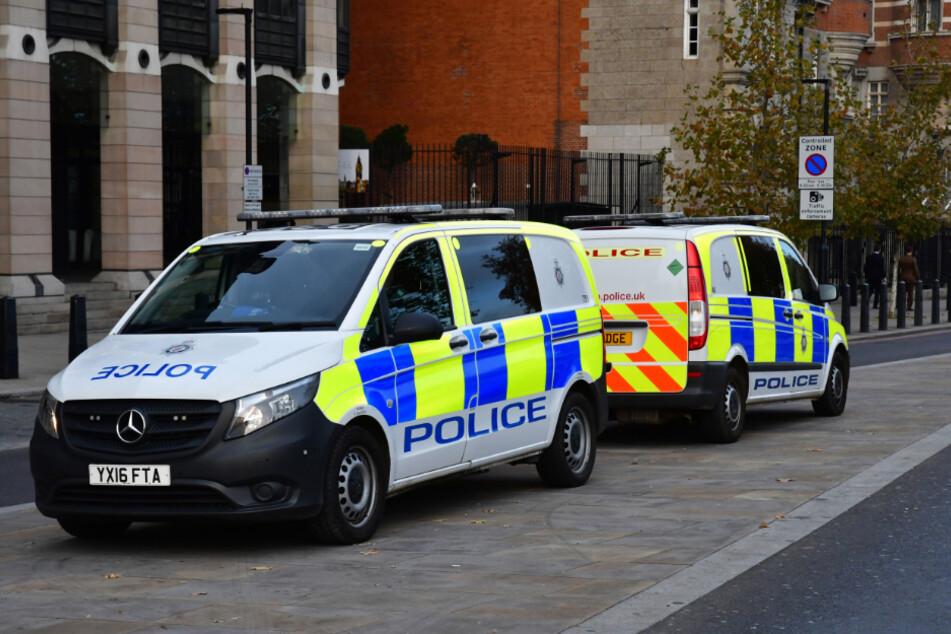 Die Polizeistation musste evakuiert werden (Symbolbild).