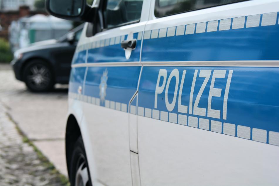Gesuchter fragt Polizei, ob er gesucht wird