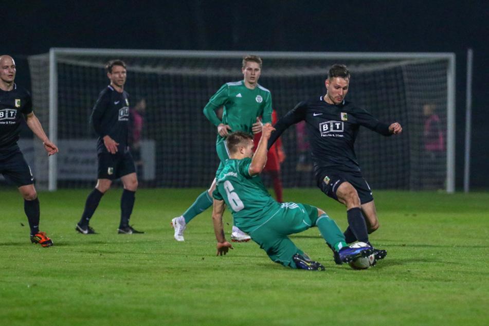 Chemie Leipzig hat das Testspiel bei der SG Union Sandersdorf mit 3:0 gewonnen. (Archivbild)