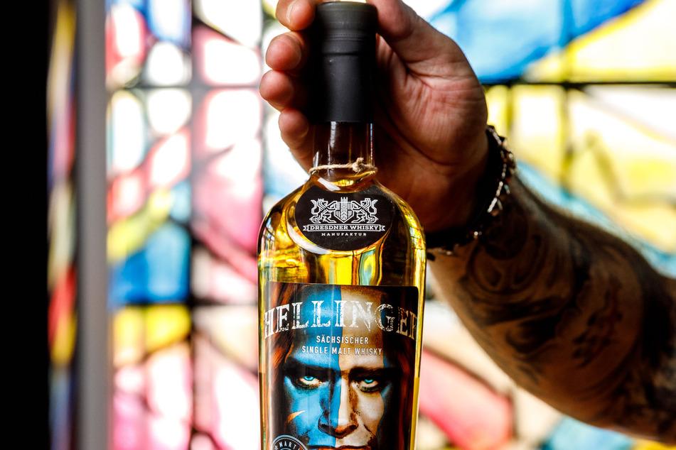 Das Gesicht von Martin Kesici ziert das Etikett der eigenen Edition. Die Flasche Malt Whisky kostet 99 Euro.