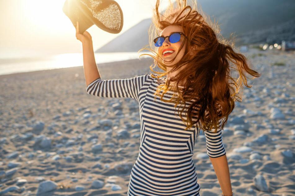 Bei diesen sommerlichen Temperaturen sollte man an den Strand gehen. (Symbolbild)