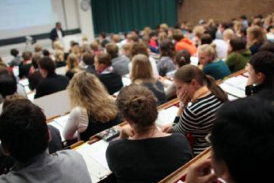 Rassismus an Uni? Diskriminierungs-Umfrage sorgt für Wirbel