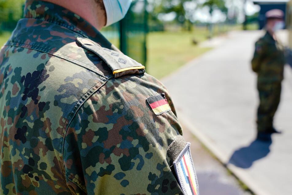 Soldaten beten nach Protesten in den USA für Frieden. (Symbolbild)