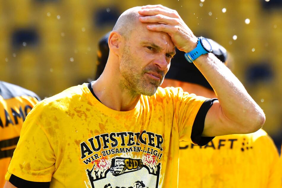 Geschafft! Und erleichtert! Alexander Schmidt (52) dachte in der Stunde des Triumphes auch an seinen Vorgänger.