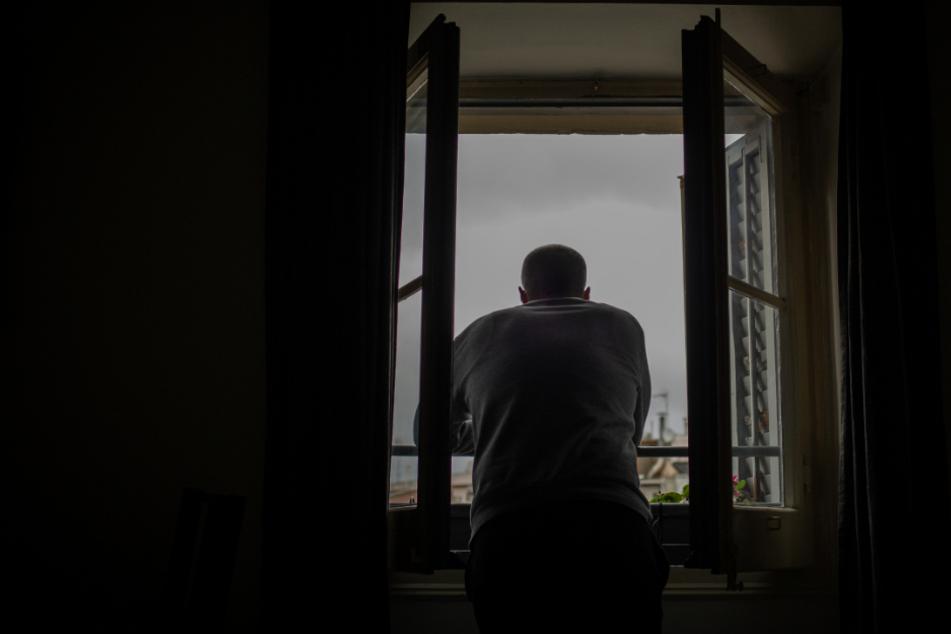 Einsamkeit in Corona-Zeiten: Experten befürchten mehr Suizide