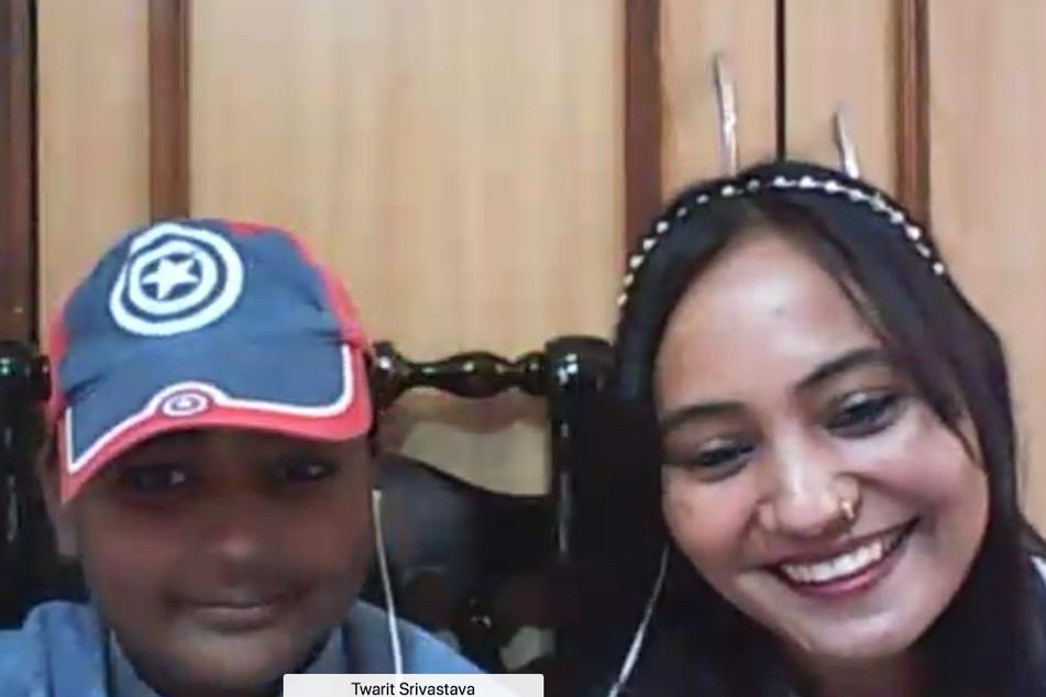 Erstes Kennenlernen per Webcam: Twarit und seine Mutter sahen ihren Helden Duc gestern zum ersten Mal.