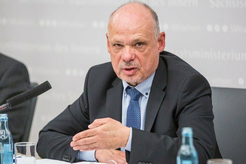 Nach der Munitions-Affäre musste LKA-Chef Petric Kleine (58) sein Amt räumen.