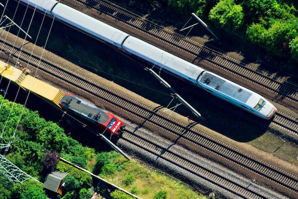 Kalb verendet auf den Gleisen: 300 Züge in Bayern verspätet