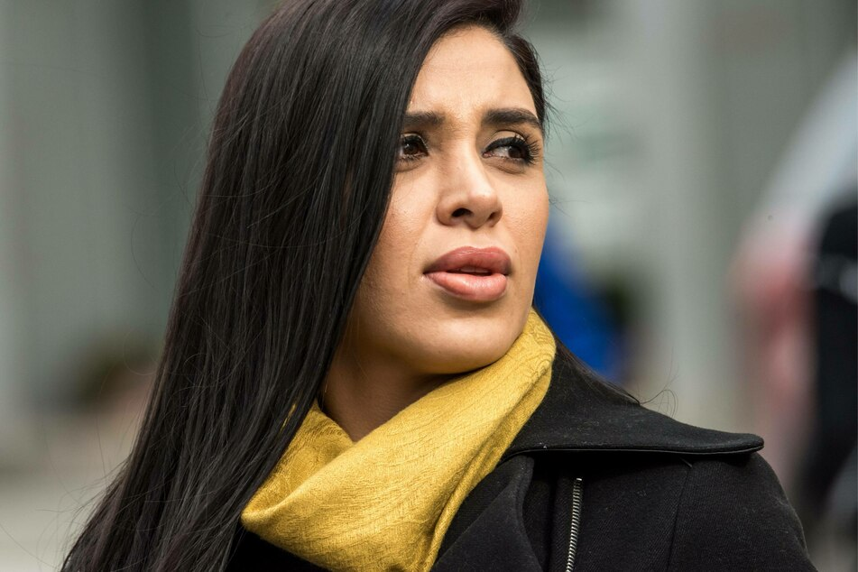 """Coronel Aispuro shares two twin daughters with her husband """"El Chapo."""""""