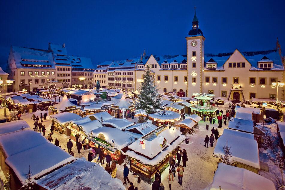 So wird der Freiberger Christmarkt in diesem Jahr nicht aussehen. Die Stadt bereitet aktuell Alternativen vor (Archivbild).