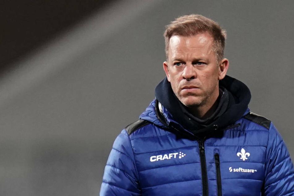 So langsam gehen Lilien-Coach Markus Anfang (46) die Ideen aus.