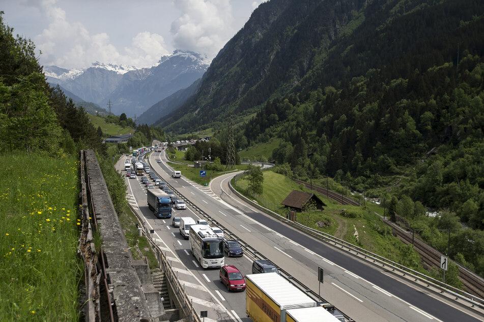 Schweizer Alpenpass am Gotthard öffnet zu Himmelfahrt wieder, aber...