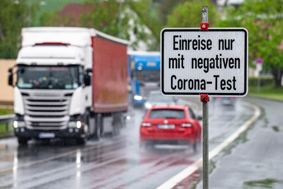 """Sind die Corona-Einreisekontrollen """"wenig zielführend""""? (Symbolbild)"""
