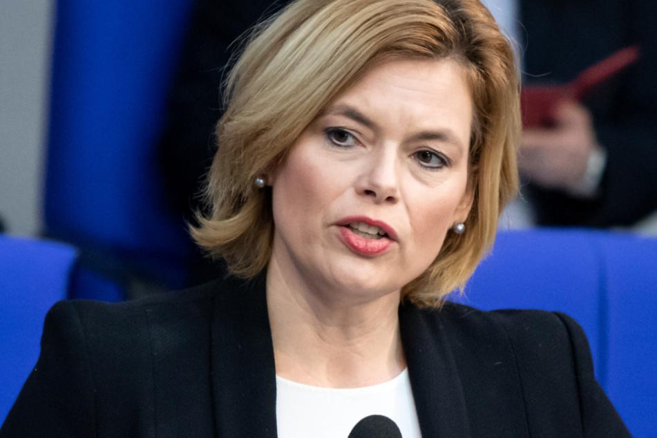 Laut Ministerin Klöckner gibt es keinen Anlass für Hamsterkäufe.
