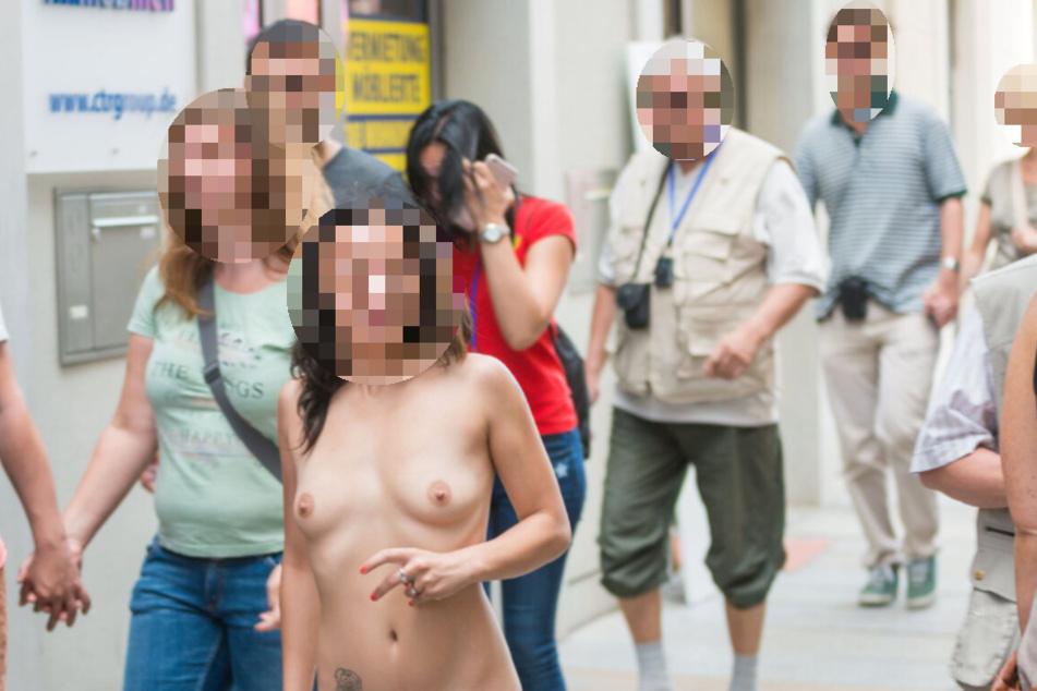 FKK ist auf Straßen und Plätzen ist tabu: Beim Dresdner Stadtfest 2016 mischte sich auch diese Nudistin namens Paula unters Feiervolk - bis das Ordnungsamt alarmiert