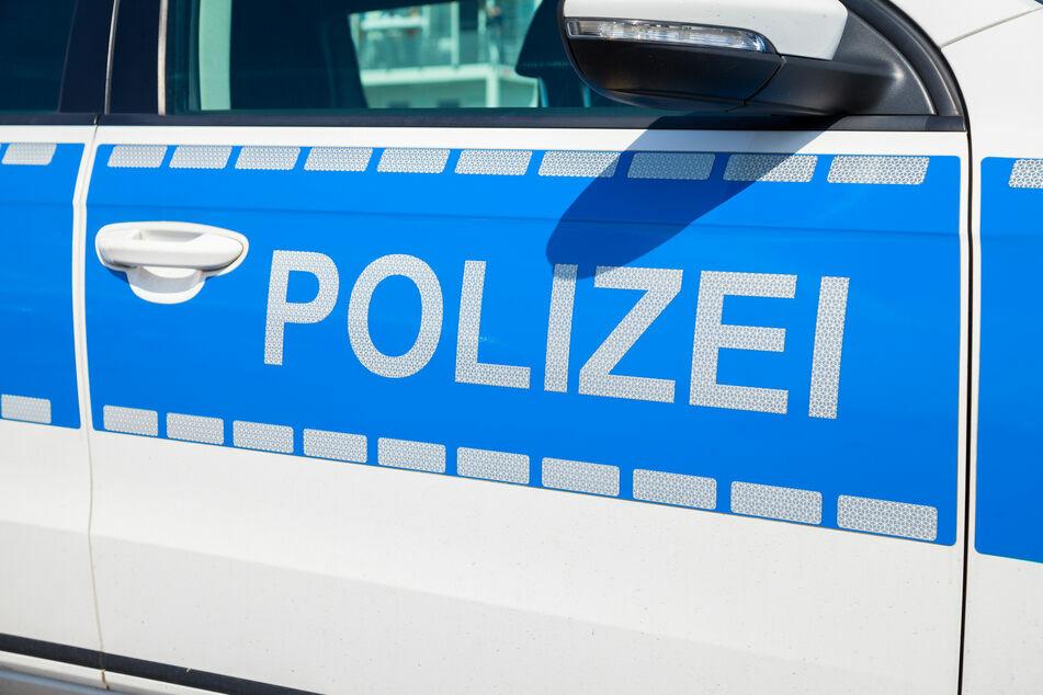 Ein Fall für die sächsischen Beamten: Ein Maskenverweigerer schlug eine Frau im Supermarkt. (Symbolbild)