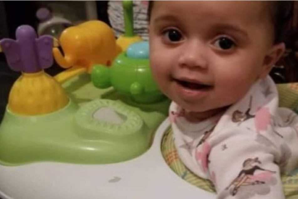 Toddler tragically dies after family dog bites her on the head