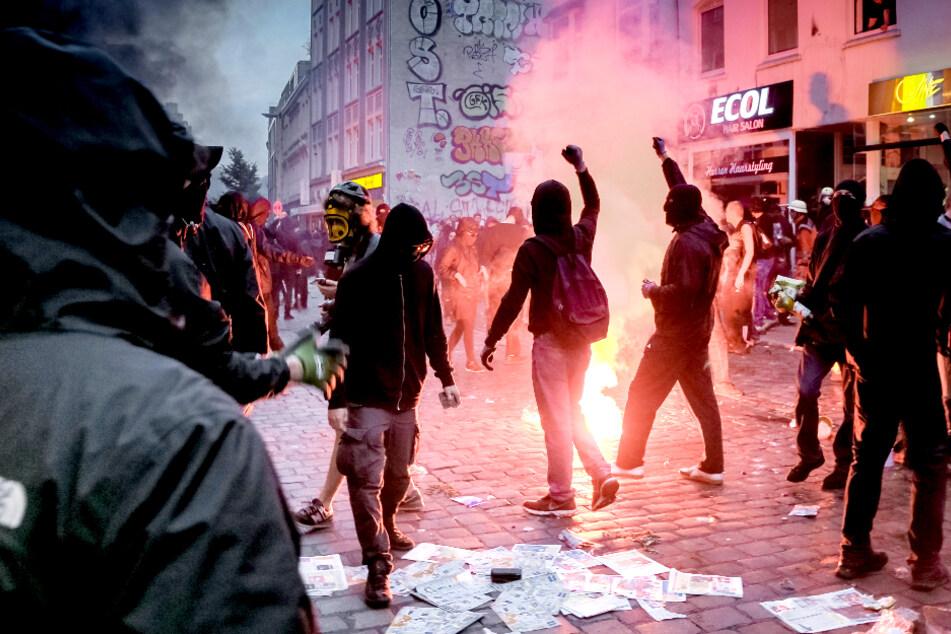Verbindung zu G20-Krawallen? Durchsuchungen bei mutmaßlichen Linksextremisten in Berlin