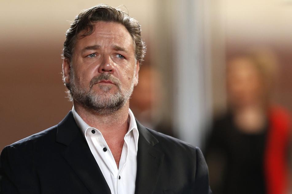 Ist Schauspieler Russell Crowe vergeben?