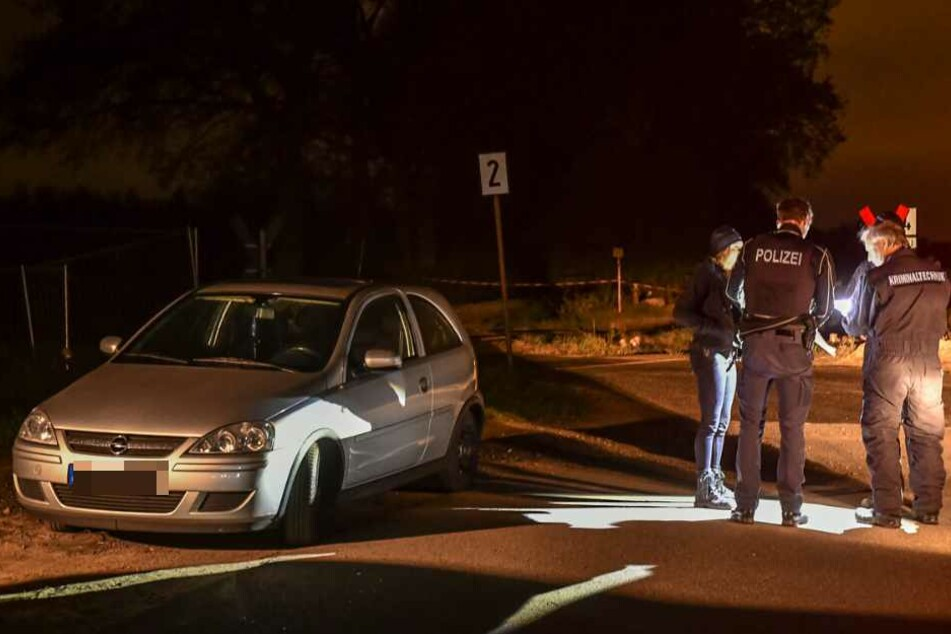 Mann bei Schießerei lebensgefährlich verletzt: Täter auf der Flucht