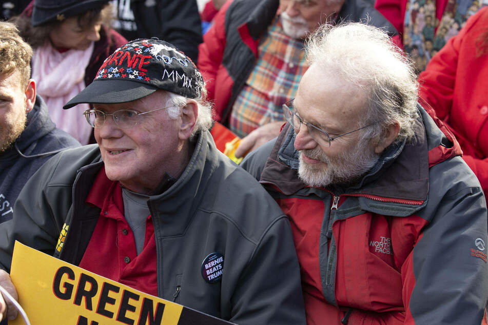 Ben & Jerry's co-founders Ben Cohen (l.) and Jerry Greenfield are known for their social justice and political activism.