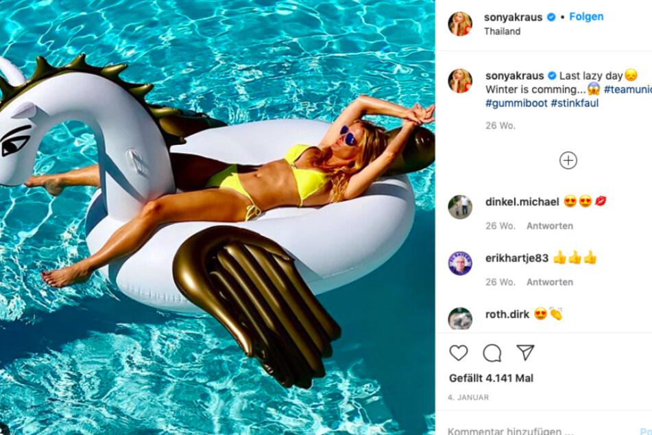 Heiß, heißer, Sonya Kraus (47): Die Moderatorin ist nebenberuflich übrigens Bademoden-Designerin.